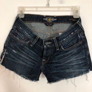 Woman's Levi Shorts